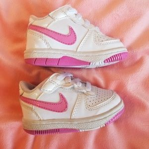 Nike pink air force size 3c baby gym shoes